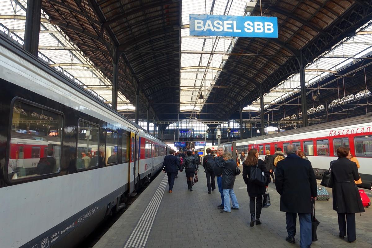 スイス連邦鉄道SBB(Schweizerische ...